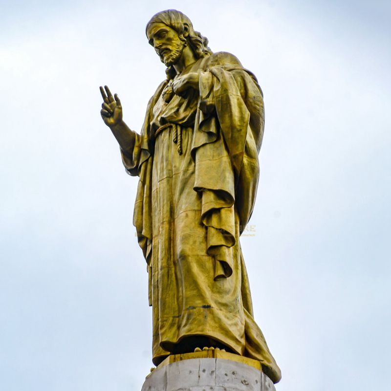 Professional Bronze Foundry Famous Bronze Jesus Prayer Statue