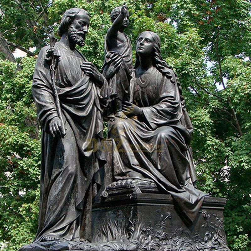 statues of Saint Joseph and Jesus of Mary