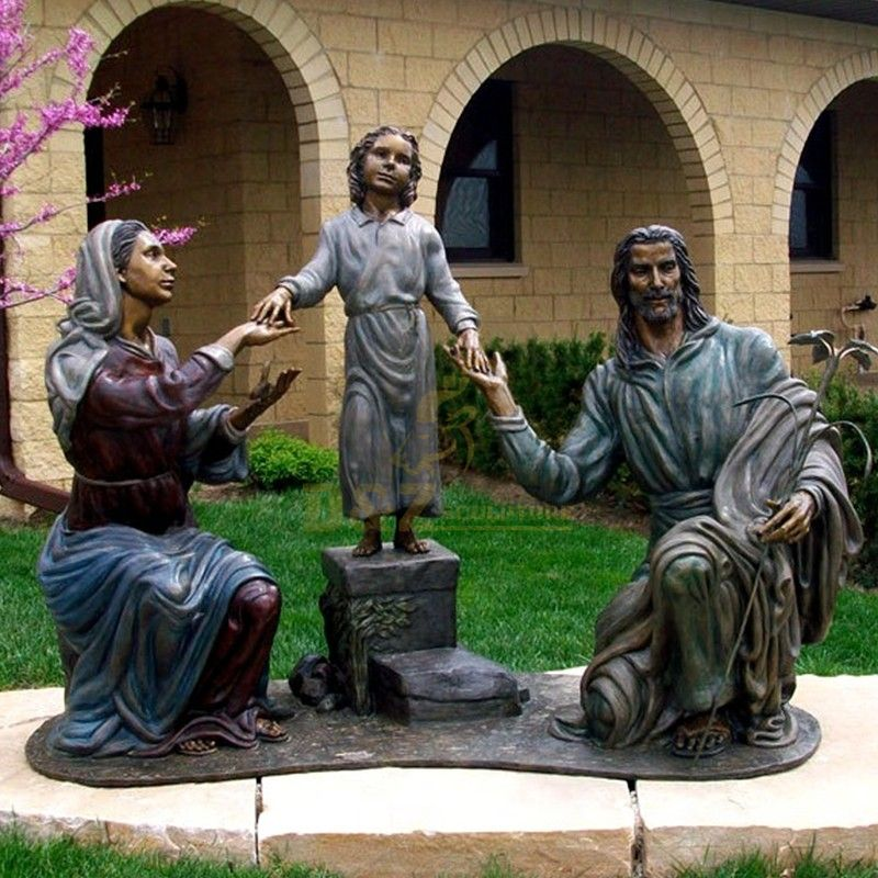 The famous life-size garden decorated with Mary Saint Joseph and Jesus family statues for sale