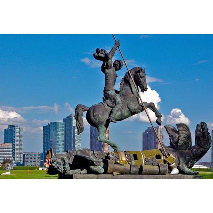 Famous design bronze Saint George sculpture