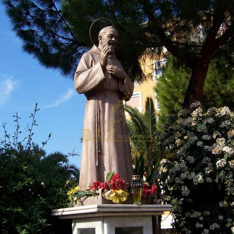 Customized high quality bronze statue of St. Padre Pio