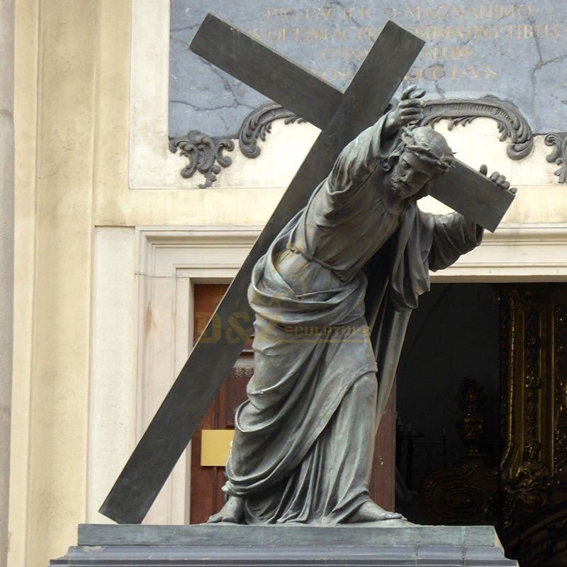 Outdoor life-size bronze garden Jesus Christ cross statue for church