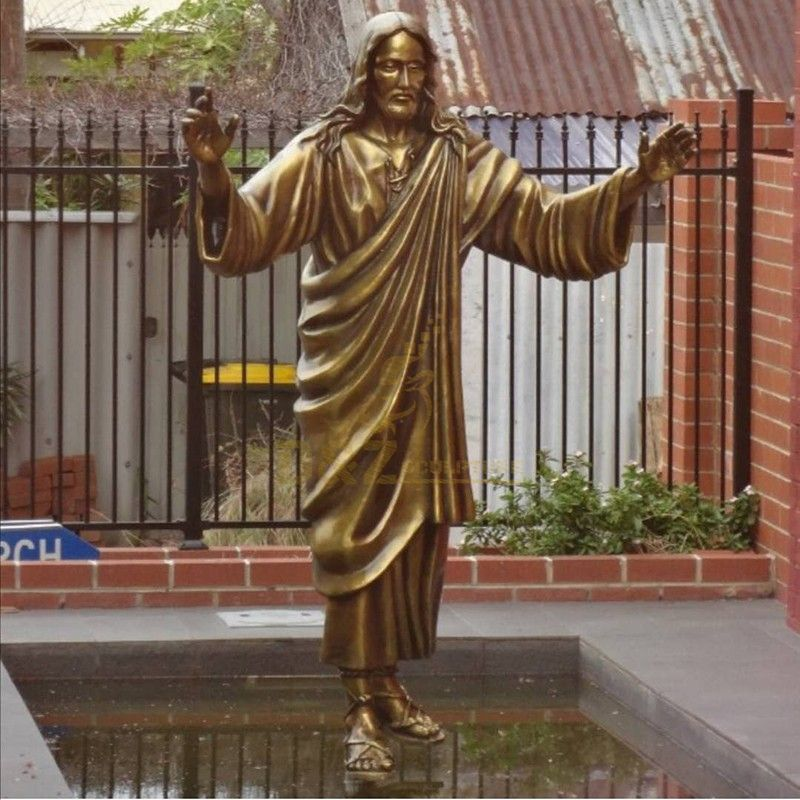 Golden bronze Sculpture of the Sacred Heart Jesus Christian statue