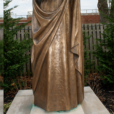 jesus and mary sculpture