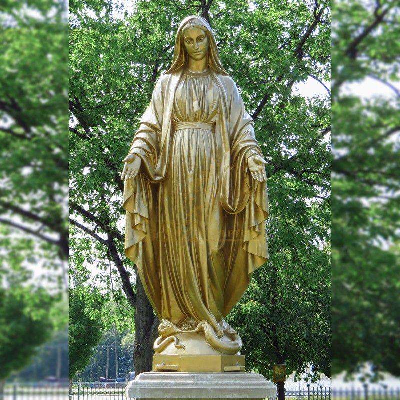 garden virgin mary statue