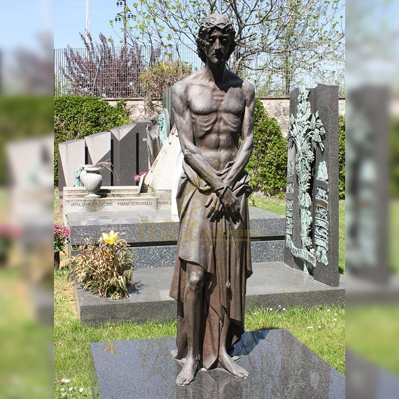 Cemetery religious decoration standing bronze statue of Jesus for sale