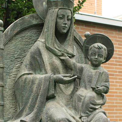 statue of mary for garden