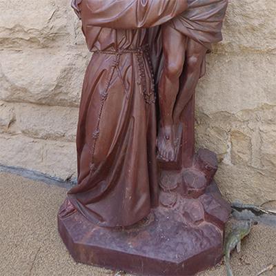 jesus on the cross sculpture