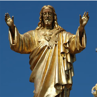 jesus statue sacred heart