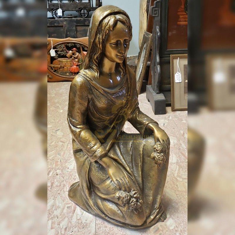 Handmade custom beautiful Virgin Mary statue for religious decoration