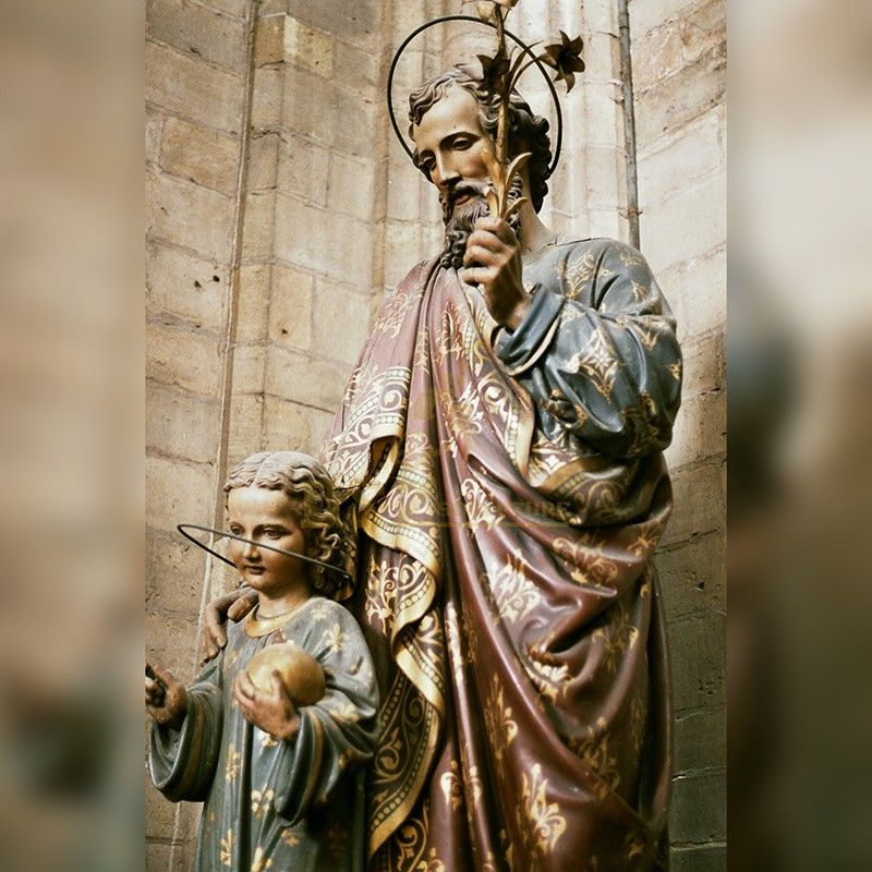 Exquisite religious sculpture Jesus Christ and the child statue used for church decoration