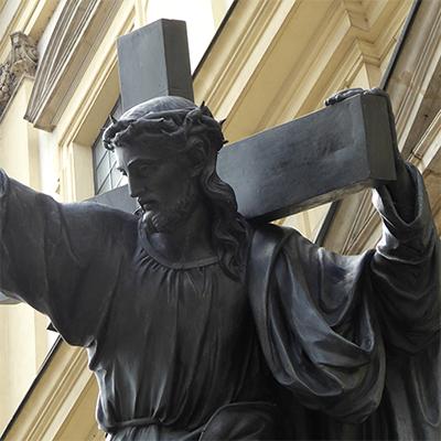 religious jesus statue