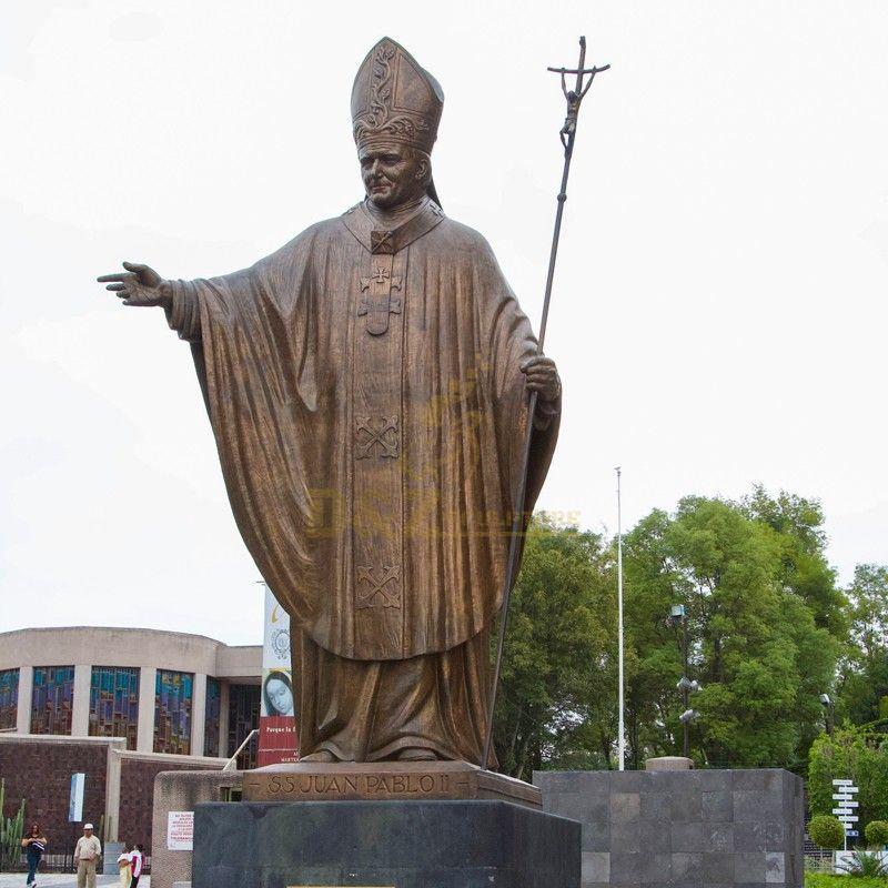 Custom religious decoration life-size cast bronze Pope John Paul statue for sale