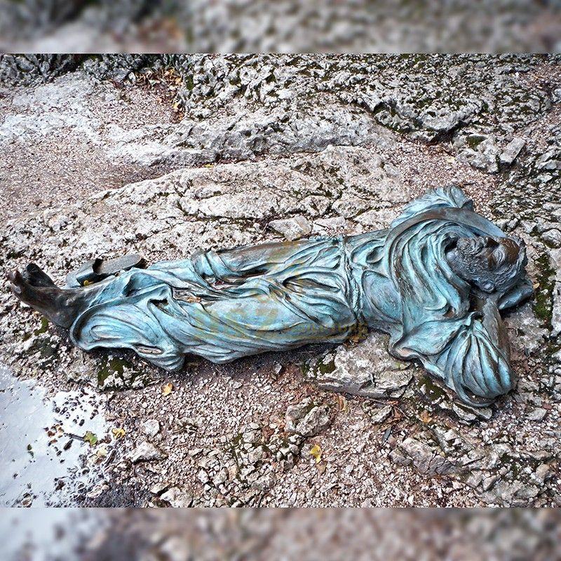 Best selling best quality lying bronze Saint Francis statue modern design