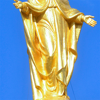 sculpture of mary