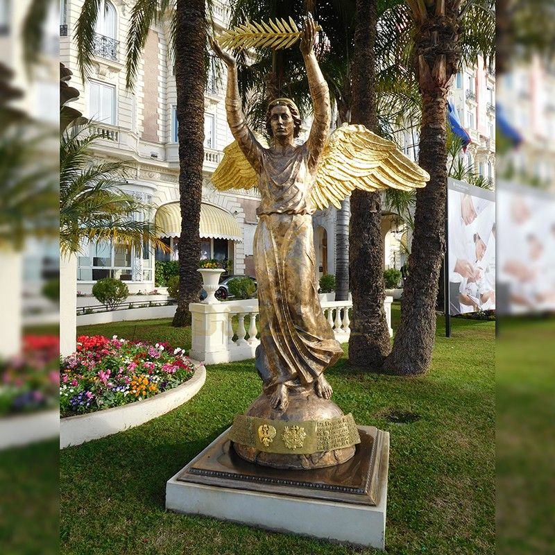 Hot sale new design outdoor bronze male angel statue holding a leaf