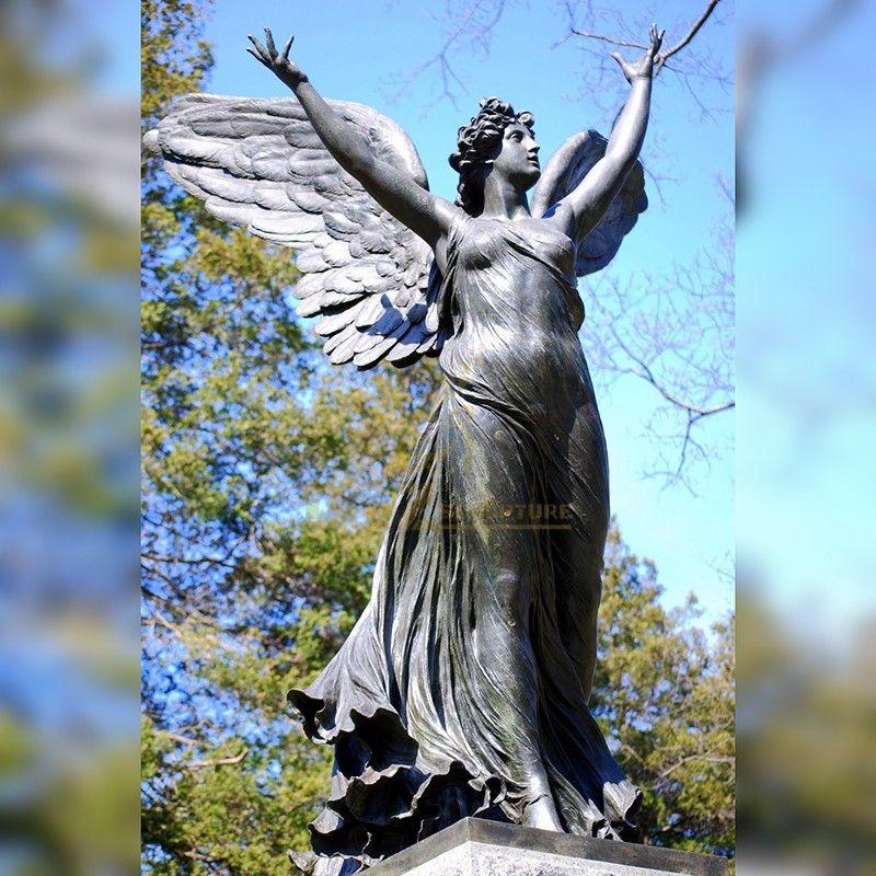 Hot sale beautiful green wood cemetery bronze statue of resurrection angel