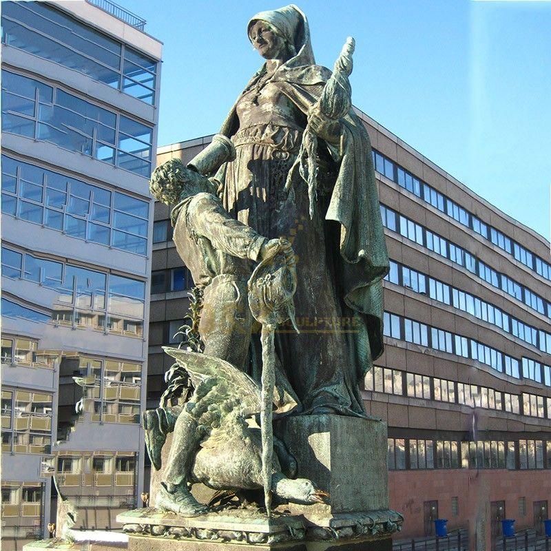 st gertrude statue