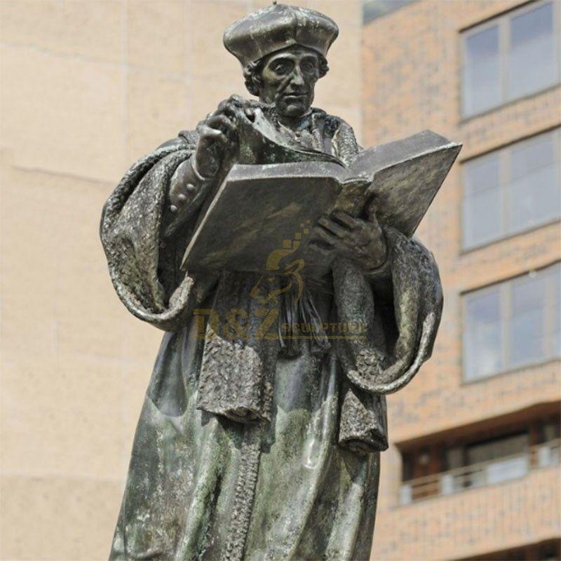 erasmus statue rotterdam